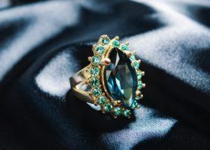 inel de logodna safir
