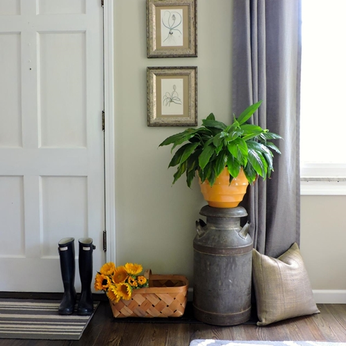 ffod_gail-fedela_wright-family-living-room-door-jpg-rend_-hgtvcom-1280-1707