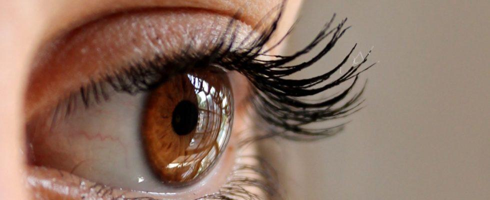 Afla secretul pentru gene lungi si frumoase
