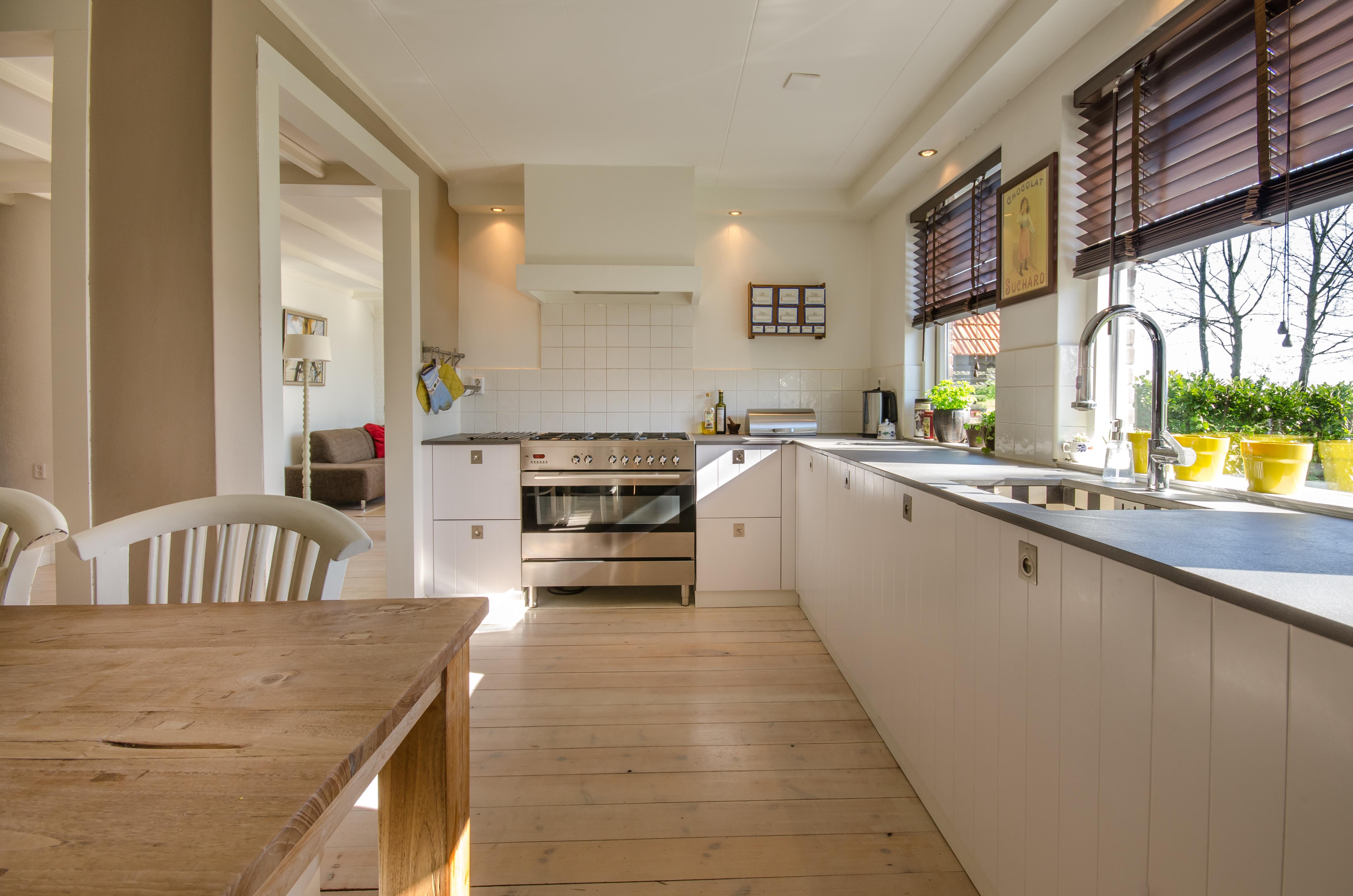 Rulouri pentru ferestre pentru o casa moderna